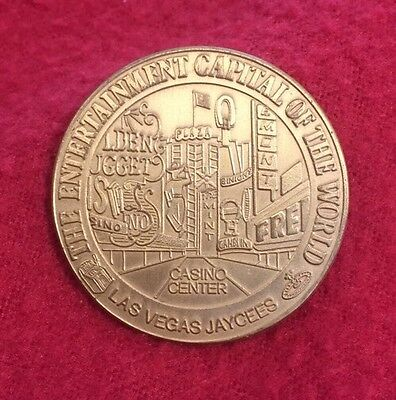 Vntg 1975 Las Vegas Entertainment Capital Of The World Casino Center Dollar Coin