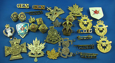military Canada lot of 31 insignia hat badge collar replic or reproduction