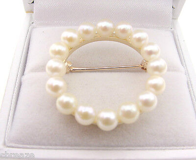 Circle Style 16 Cultured Saltwater Pearls 14K Gold Estate Vintage Brooch Pin