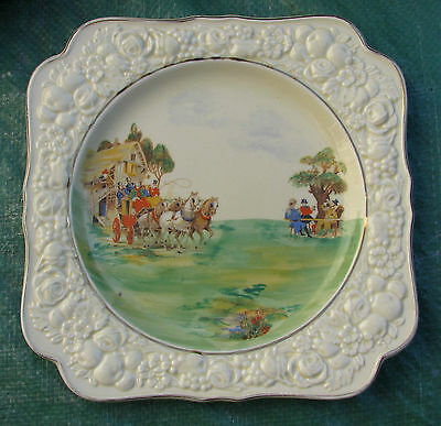 Stunning Crown Ducal Coaching Scene Cabinet Plate Florentine