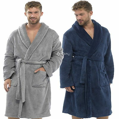 Set Pack Mens Hooded Soft Snuggle Dressing Gown with Puma socks