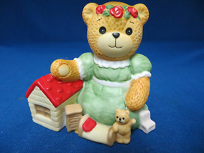 Lucy & Me Teddy Bear Girl With Dollhouse Toys Figurine Statue Enesco 1985 Rigg