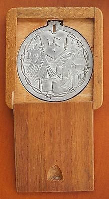 1914-1916 ISLE OF MAN German POW for WWI 45mm Douglas Camp  Medal Very Rare