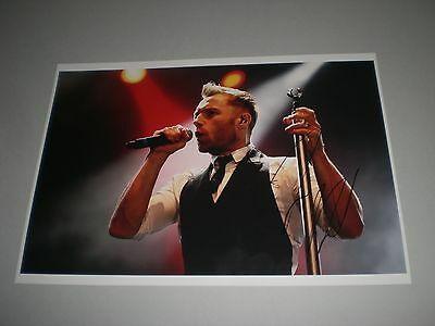 Ronan Keating  signed signiert autograph Autogramm auf 20x28 Foto in person