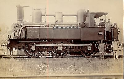 Locomotive c. 1880-90 - P.O 2187 Train - 32