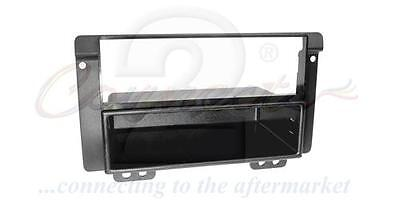 Connects2 CT24LR01 Landrover Freelander 04-06 Car Stereo Single Din Fascia Panel