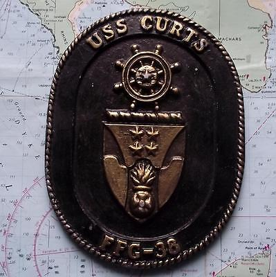 Vintage United States Navy Painted Metal Plaque Tampion Crest : USS CURTS FFG 38