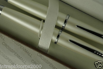 Cross Classic Pearlescent White, Cross signature center Band pen & 0.7MM pencil