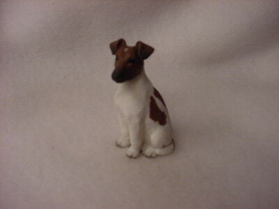 FOX TERRIER brown white puppy TiNY FIGURINE Resin Dog MINIATURE Mini STATUE New