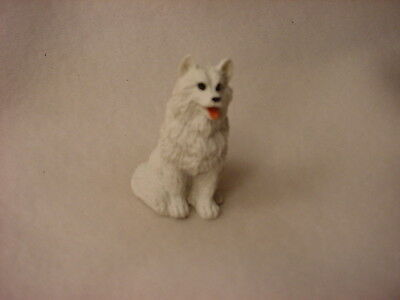 AMERICAN ESKIMO puppy TiNY FIGURINE Dog MINIATURE Mini resin Pet Statue NEW