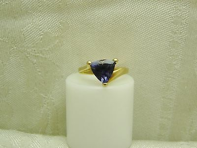 AWESOME 10K Solid Yellow Gold TRILLION CUT IOLITE RING SIZE 5 3/4 N149-U