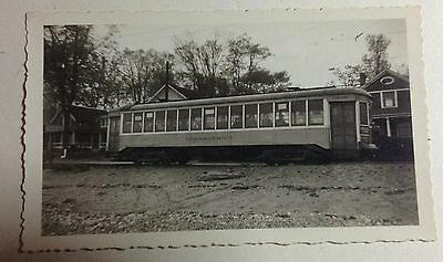 CONNECTICUT ELECTRIC TROLLEY CAR  FINE SNAPSHOT OF THE PAST 1940s #T60