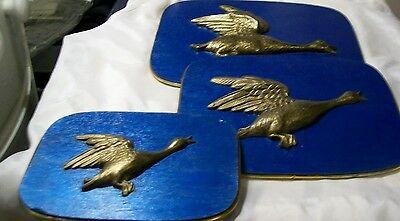 Set of 3 lot Bar kitchen home GEESE PLAQUES signs wall decor used old vintage