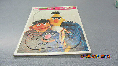 VINTAGE 1976 Whitman FOUR FRIENDS FROM SESAME STREET Frame-Tray Puzzle