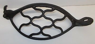 Antique Cast Iron Industrial Machine Age Pulley Wheel Gear Safety Guard