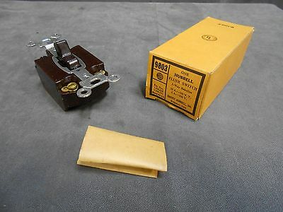 UNUSED Vintage Hubbell 9803 Brown Bakelite Three 3 Way Switch