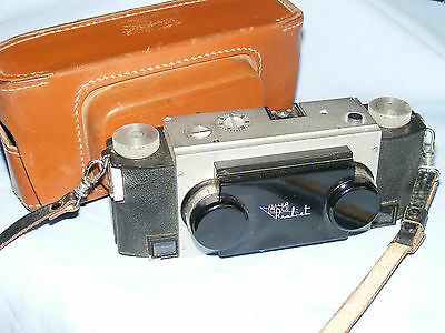 Stereo Realist 35mm Film Camera by David White Co. Made in USA with Leather Case