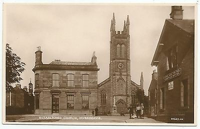 POSTCARD-SCOTLAND-INVERBERVIE.  Established Church & The North of Scotland Bank.
