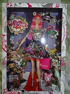 BARBIE 10th ANNIVERSARY TOKIDOKI BLACK LABEL DOLL WITH POLPPETINA AT HER SIDE!!