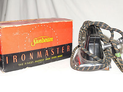 Sunbeam Ironmaster A-4 vintage Iron 1000 Watts RIGHT HAND ORIGINAL Box 1940's