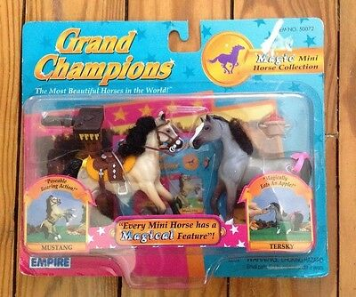 Grand Champions 1997 Magic Mini Horse Collection 50072 Mustang & Tersky Play Set