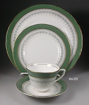 Royal Worcester Regency Green And Grey 4 Piece Place Setting   - Perfect