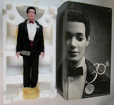 30th Anniversary 1961 Porcelain Ken Doll (Limited Edition) (NEW)
