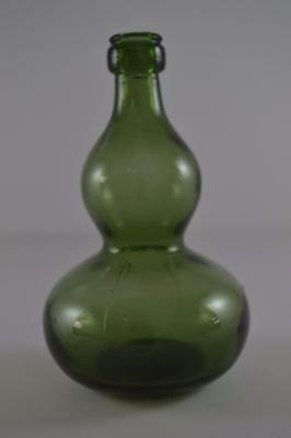 """Vintage Olive Green Hourglass Bottle 5 1/4"""" (12.7 cm) tall"""