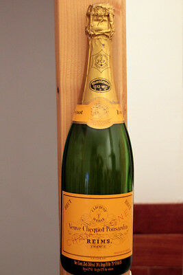 Vintage Half Bottle French Champagne Veuve Clicquot Ponsardin To Hang N°1