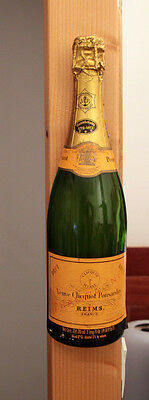 Vintage Half Bottle French Champagne Veuve Clicquot Ponsardin To Hang N°2