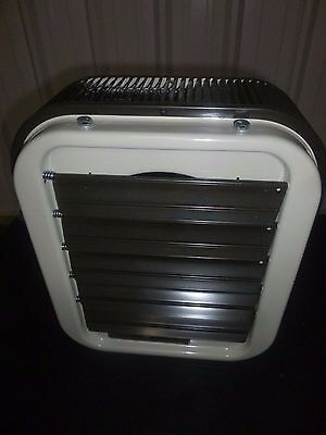 688 New! Qmark - Electric Unit Heater, 480v, 3 Phase, 17k BtuH, 5kW - MUH0541