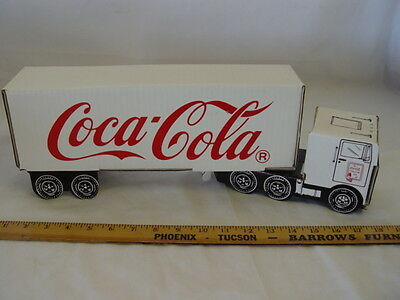 "1991 Coca-Cola Collectors Club Int. Cardboard Coke Delivery Truck 18""x6""x4"""