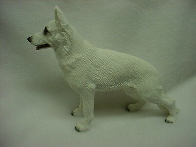 WHITE GERMAN SHEPHERD FIGURINE dog HAND PAINTED STATUE Puppy Sheperd COLLECTIBLE