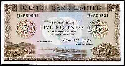 Ulster Bank. 5 Pounds, B4589501. 1-10-1982. Almost Uncirculated-Uncirculated.