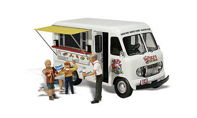 Woodland Scenics AS5338 N Ike's Ice Cream Truck Train Figure / Vehicle AutoSc...