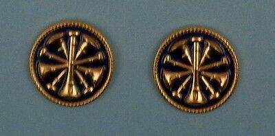 """2 Fire CHIEF GOLD & BLUE 5 Bugles CROSSED Discs Collar/Lapel Pins 1"""""""