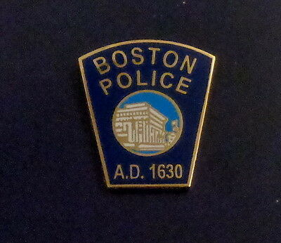 Boston MA Massachusetts Police patch Lapel Pin Capital City