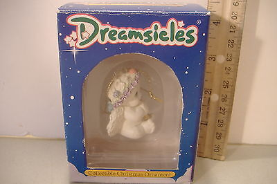 ~Dreamsicles~Cherub With Flute~Christmas Ornament~