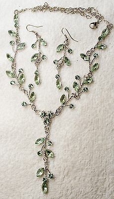vintage style jewelry set matching green crystal necklace earrings silver tone
