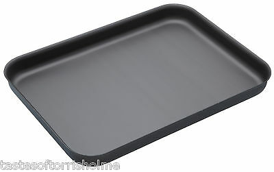Master Class Professional Non Stick Hard Anodised 42cm Shallow Baking Tray Sheet