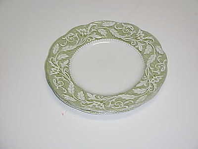 J & G Meakin  China Renaissance Green Pattern Bread and Butter Plate Set