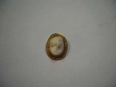 10K Yellow Gold Cameo Brooch Pin. Signed 10K.