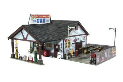 Woodland Scenics BR5048 HO Scale Ethyl's Gas & Service Built