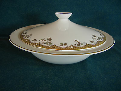"Royal Doulton Lynnewood TC1018 Round 10 1/4"" Covered Serving Bowl with Lid"