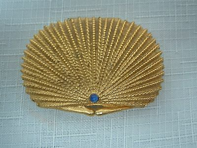 VINTAGE ESTEE LAUDER GOLD TONE SCALLOP SHELL w BLUE JEWEL SOLID COMPACT PERFUME
