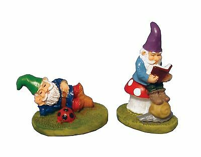 """DOLLS HOUSE 1/12th SCALE GARDEN PAIR OF """"RESTING"""" GNOMES"""