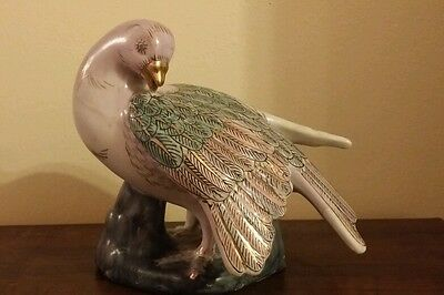 Vintage Figurine Dove Bird Toyo Hand Painted Porcelain Art HFP Macau