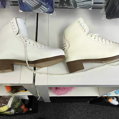 CLEARANCE DEFECT Figure Skates Skating Boots White Graf Edmonton Special 7.5 M