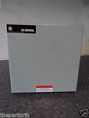 New GE 463M60BNA10A0 Lighting Contactor Mechanically Held 6 Pole 277 Volts