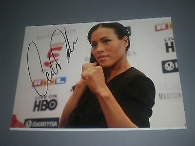 Cecilia Braekhus boxing signed signiert Autogramm auf 20x28 Foto in person